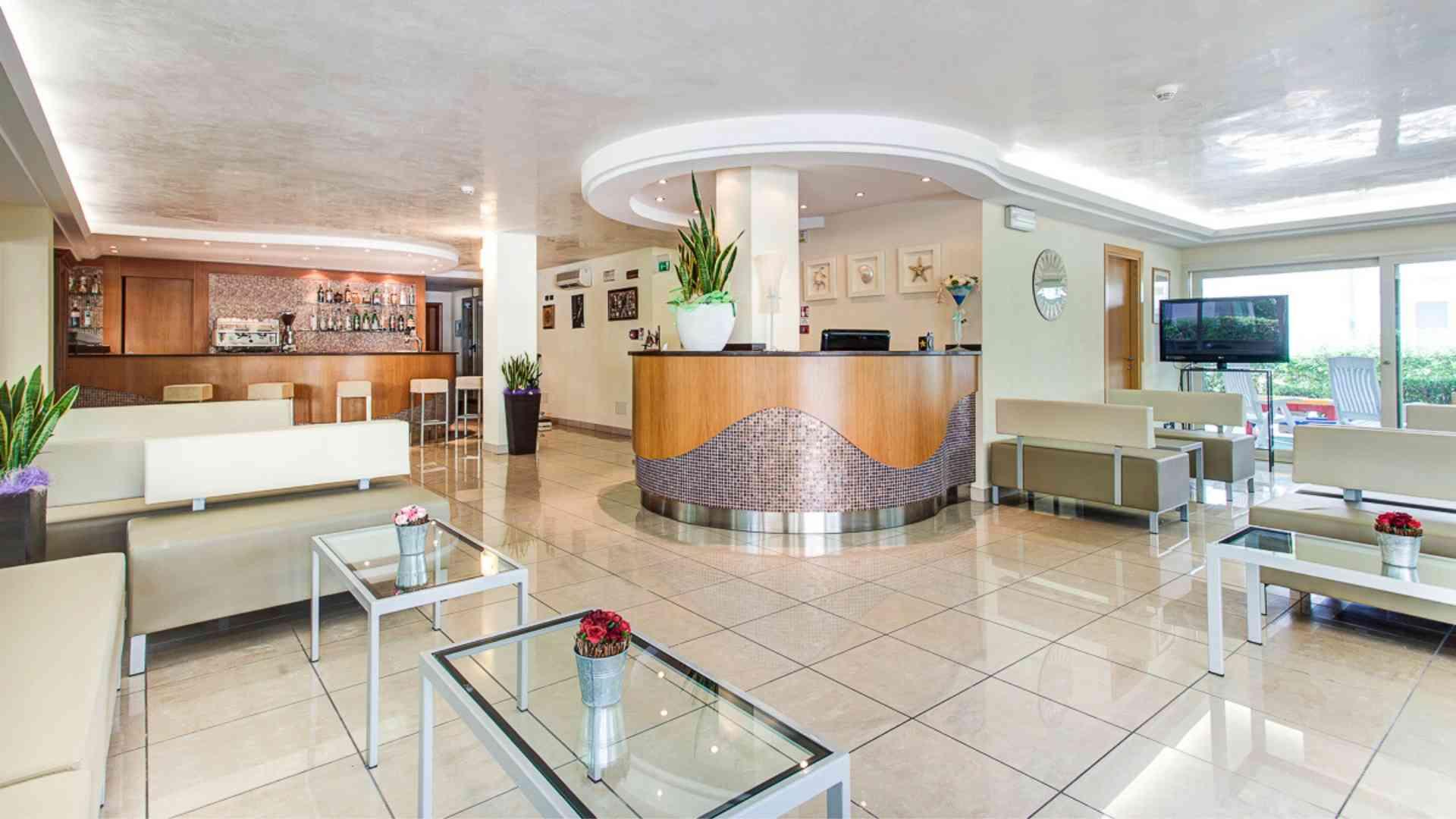 Interno_Hotel Dulac