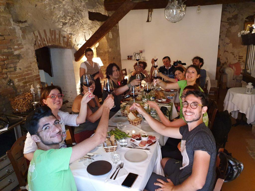 degustazione-di-vino-veruccese-in-ebike