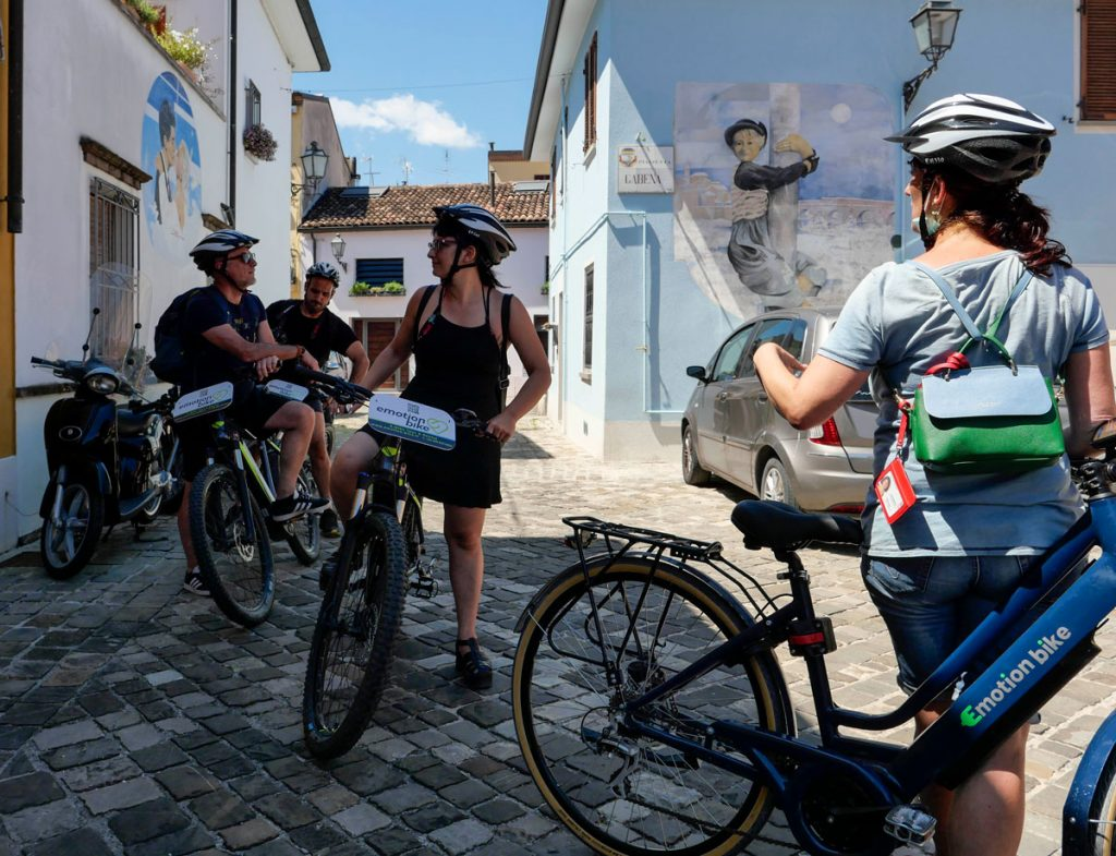 fellini-city-ebike-tour-in-rimini