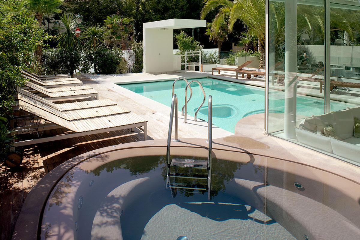 hotel-select-riccione piscina esterna