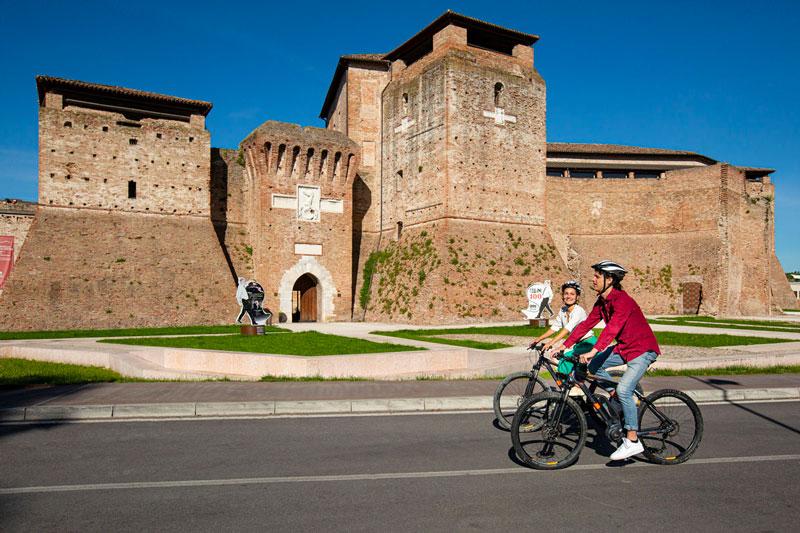 le-15-cose-da-vedere-a-rimini-in-bicicletta---castel-sismondo