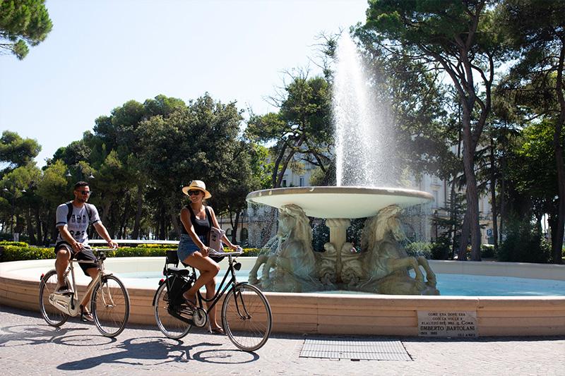 le-15-cose-da-vedere-a-rimini-in-bicicletta---la-fontana-dei-4-cavalli