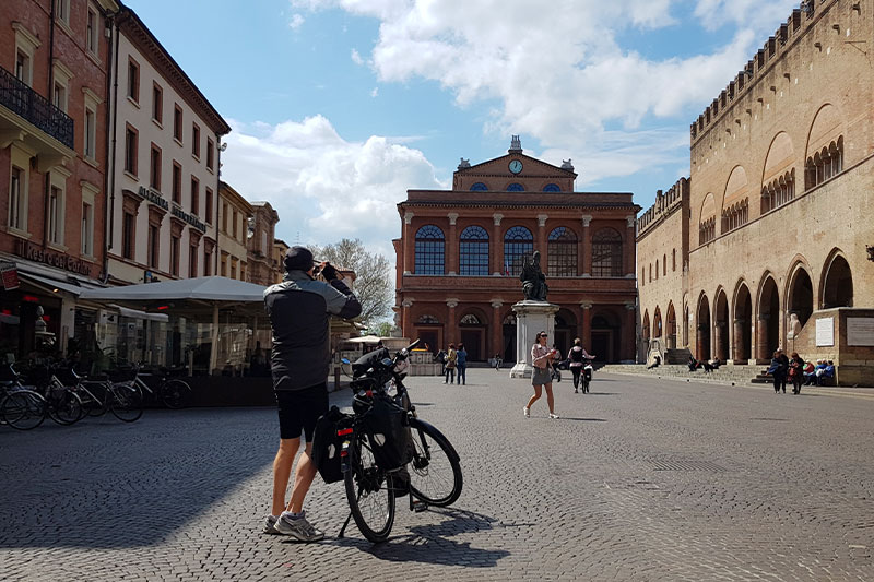 piazza-cavour