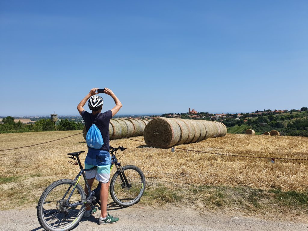 e-bike-foto-paesaggio