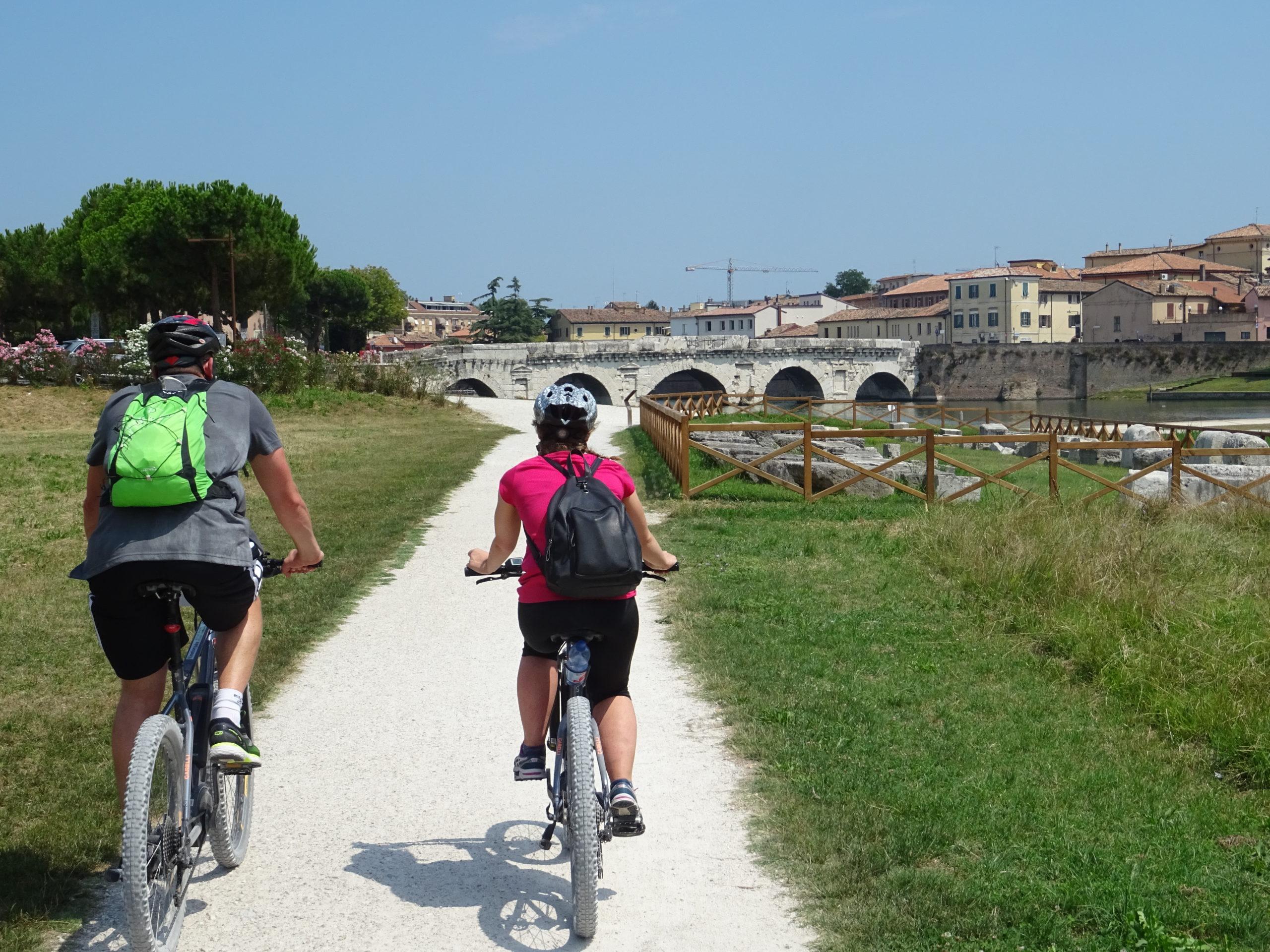 e-Bike Rent: Holidays and Eco-Sustainability
