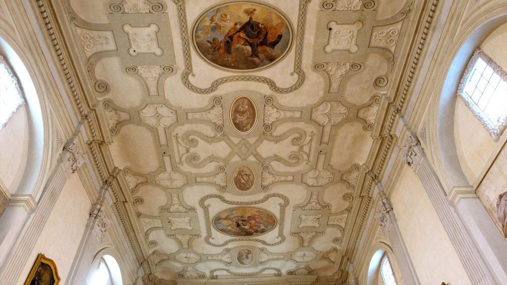 il-soffitto-della-chiesa-di-sant'agostino-a-rimini