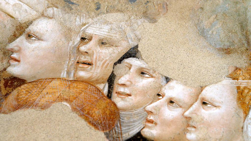 un-particolare-degli-affreschi-di-santa'agostino-a-rimini