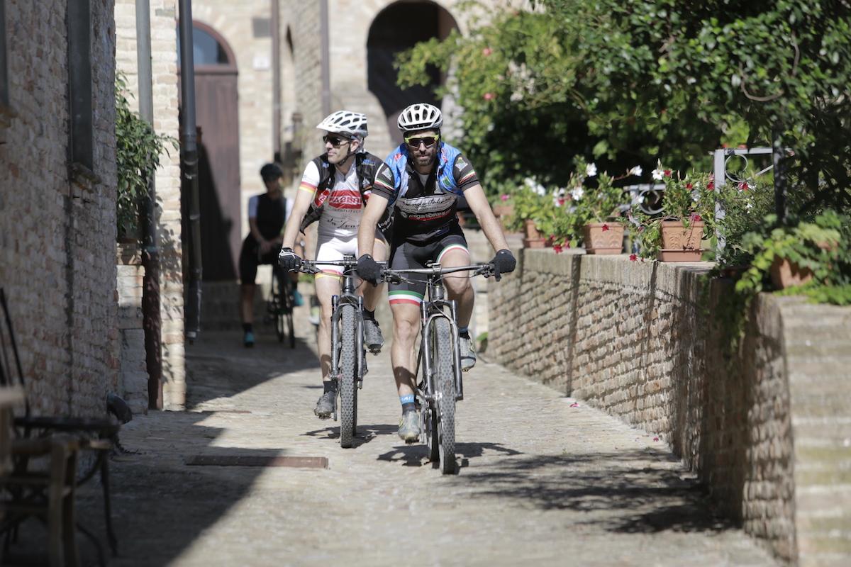 ebike tour montegridolfo